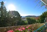 Уютный таунхаус с панорамным видом в Beaulieu