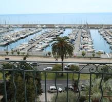 Пентхаус с прямым видом на море в Ментоне, продажа. №36433. ЭстейтСервис.