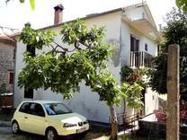 Дом рядом с морем в Прчане