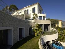 Роскошное имение с видом на «Бухту миллиардеров»