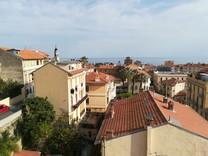 Трехкомнатная квартира с шикарным видом в Ментоне