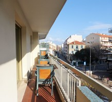 Двухкомнатные апартаменты в центре Антиб, продажа. №39363. ЭстейтСервис.