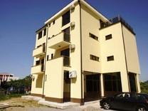 Светлые апартаменты в новом доме в Баре