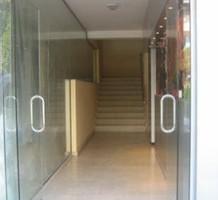 Магазин в новом офисном здании, продажа. №8124. ЭстейтСервис.