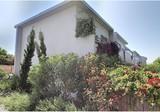 Квартира с частным садиком в Juan les Pins