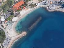 Апартаменты с видом на море возле Marquet Beach