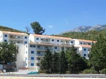 Квартира с 2 спальнями с видом на море в Бечичах