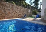 Красивая вилла с бассейном в 200 метрах от пляжа