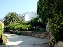 Шикарный дом рядом с пляжем в Бечичи