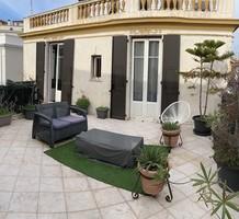 Семикомнатный дом с отдельной квартирой в Ницце, продажа. №40491. ЭстейтСервис.