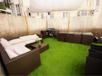 Квартира с большой террасой возле Place Toseli