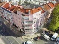 Светлая однокомнатная квартира в Lisboa