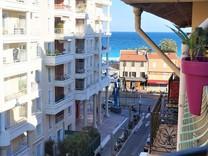 Апартаменты с боковым видом на море в Ницце