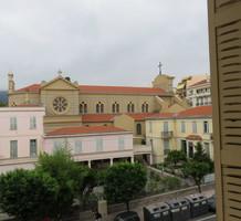 Квартира рядом с морем в районе Cours du Centenaire, продажа. №39422. ЭстейтСервис.
