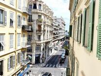 Апартаменты в 150-ти метрах от променада Ниццы