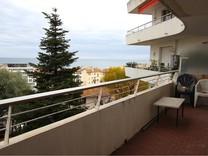 Трёхкомнатная квартира с видом в районе Фаброн