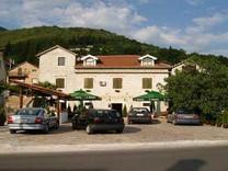 Паб в Черногории