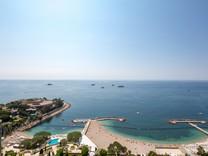 Семейные апартаменты-вилла на крыше в Монако