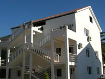 Апартаменты с 2 спальнями с видом на море в Донья Ластве