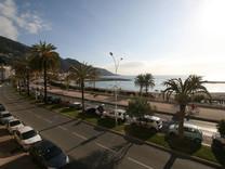 Квартира с видом на море и Старый город