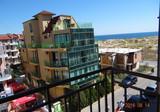Большая квартира всего в 20 метрах от моря