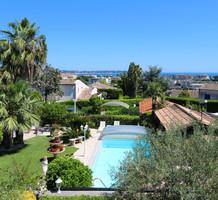 Дом с видом в километре от пляжей в Гольф-Жуан, продажа. №39095. ЭстейтСервис.