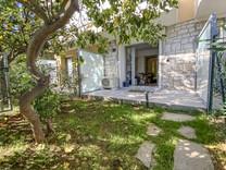 Апартаменты с частным садом в Villefranche-sur-Mer