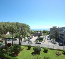 Просторная квартира с видом на море в Saint-Laurent-du-Var, продажа. №38525. ЭстейтСервис.