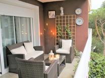Четырёхкомнатная квартира с садом в центре Плайа де Аро