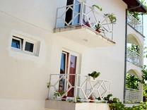 Квартира с видом на море в Дженовичи
