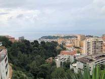 Апартаменты с видом на море в Beausoleil