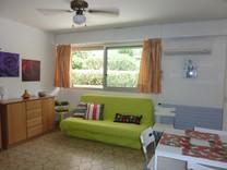 Небольшая квартира в ста метрах от набережной и моря