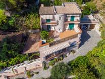 Дом с панорамным видом на Roquebrune Cap Martin