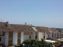 Просторный дом с 2 спальнями в Estepona