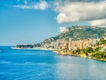 Квартира с видом на море и Монако в Рокебрюн-кап-Мартен