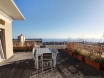 Четырехкомнатная квартира в Босолей с видом на море