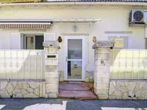 Небольшой дом в La Trinite, восточная часть Ниццы