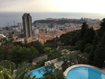 Просторные апартаменты поблизости от Монако