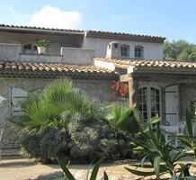 Дом в окружении сада в Вильнев-Лубе, продажа. №20056. ЭстейтСервис.