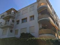 Трёхкомнатная квартира рядом с Hotel Alexandre III