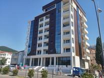 Новые апартаменты в центре Будвы