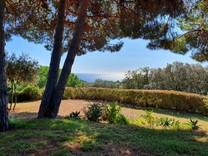 Уютная вилла с захватывающим видом в Сан-Висенс-де-Монтальт