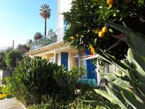Красивая вилла недалеко от пляжа в Ментоне