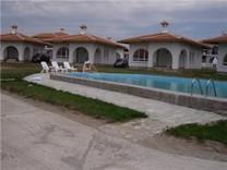 Дом в котеджном поселке в селе Рудник