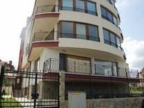 Этаж дома-две квартиры в Царево