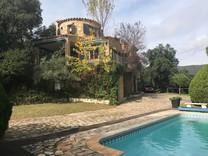 Просторный семейный дом в Санта-Кристина-де-Аро