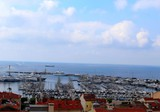 Двухкомнатная квартира с видом на море и порт