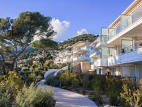Новая квартира с видом на море на Рокебрюн-кап-Мартен