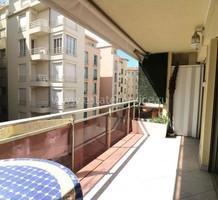 Квартира в ста метрах от моря и Plage du Forum, продажа. №37042. ЭстейтСервис.