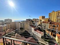 Квартира с видом возле железнодорожного вокзала Монако